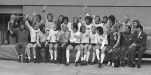 Het Duitse nationale team na de winst van de finale in München in de Finale WK 1974 Nederland - West-Duitsland