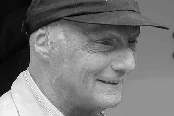 Niki Lauda, de ergste Formule 1 ongelukken (videos)