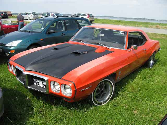 1969-Pontiac-Firebird-Coupe
