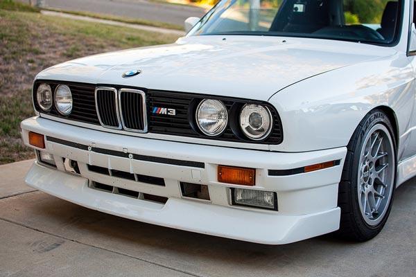 Mooiste BMW is de BMW E30 M3