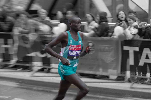 Snelste marathonloper aller tijden is Dennis Kimetto