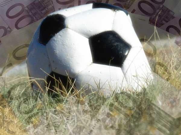 Hoeveel Euro zijn de clubs in de Eredivisie waard?