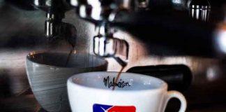 Hoeveel koffie drinkt een Nederlander
