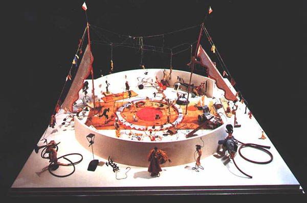 Calder's Circus (1931) – Alexander Calder