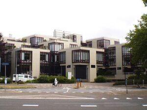 Het gebouw van Centraal Beheer in Apeldoorn