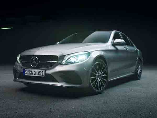 Top 10 Nieuwe auto's die niet bevallen en binnen een jaar worden verkocht