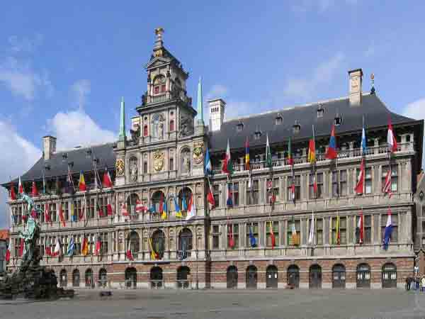 Grootste steden van België - Stadhuis van België