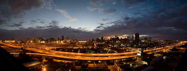 Johannesburg - Dylan Harbour [CC BY-SA 3.0 (https://creativecommons.org/licenses/by-sa/3.0)]