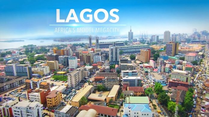Lagos - Autchman [CC BY-SA 4.0 (https://creativecommons.org/licenses/by-sa/4.0)]