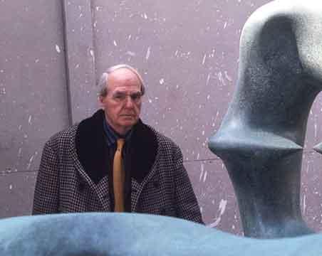 Henry Moore (1975)