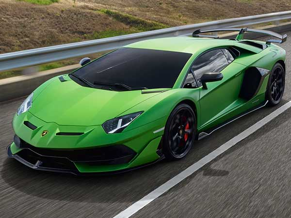 Duurste auto's in Nederland verkocht 2020: Lamborghini Aventador SVJ