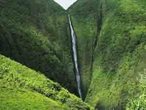 Pu'uka'oku Falls