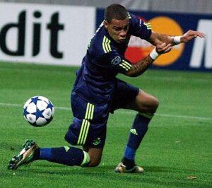 Van der Wiel namens AFC Ajax