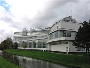 Brinkman en Van der Vlugt, Van Nellefabriek, Rotterdam, 1931