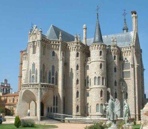 Gaudi - Vista general del Palacio episcopal de Astorga