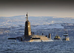 HMS Vanguard bij Faslane , 2010