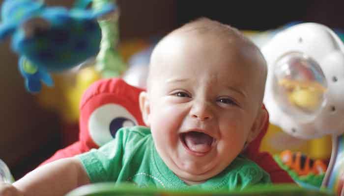 Baby's herinneren zich alleen gelukkige tijden zegt onderzoek